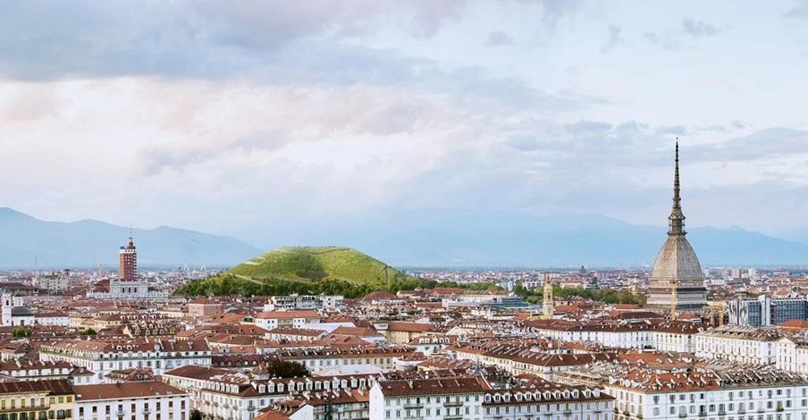Sztuczna góra w Turynie, która absorbuje dwutlenek węgla z powietrza